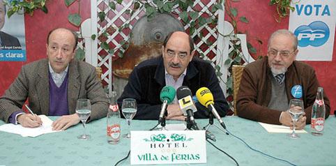 Miguel Angel Cortés, Crescencio Martín Pascual y José Valín ayer, durante la rueda de prensa ofrecida en Medina del Campo