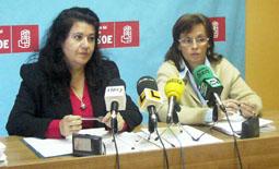 Teresa Rebollo y Ana Vázquez durante la Rueda de Prensa